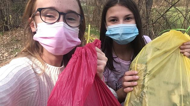 Žáci 7. A ze ZŠ Ohrada se zapojili do celorepublikové akce Ukliďme svět