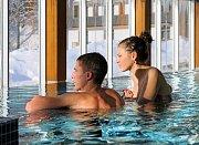 Velké Karlovice v zimě: bazén v hotelu Lanterna.