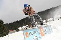 Snowboardová dráha pod hotelem Horal ve Velkých Karlovicích