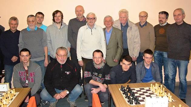 Šachisté TJ Mez uspořádali 26. prosince 2019 už 39. Šachový turnaj, ve vsetínské Sokolovně. Zúčastnilo se ho osmnáct hráčů.