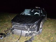 Devatenáctiletý řidič nastavoval navigaci a nevěnoval se plně řízení. S vozem Audi A8 boural v úterý 22. listopadu 2016 do stromu u Leskovce na Vsetínsku. Škoda dosáhla 1,2 milionu korun.