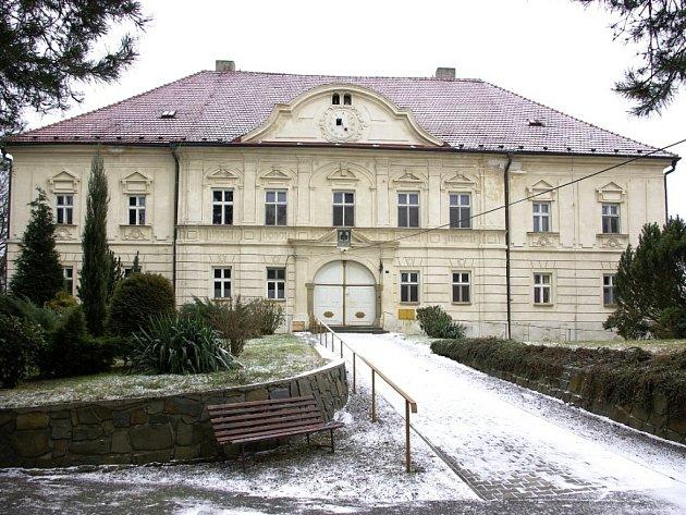 Zámek Choryně. Ilustrační foto.