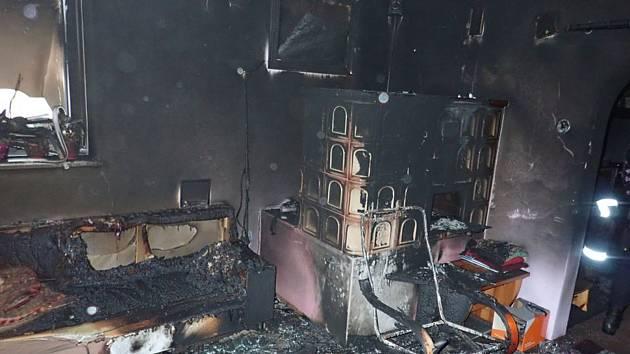 Následky požáru rodinného domu v Liptále na Vsetínsku - 28. ledna 2020