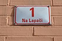 Ulice Na Lapači.