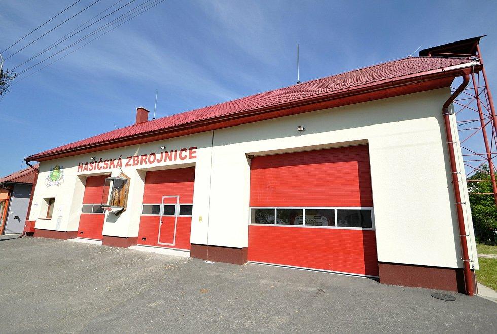 Francova Lhota - hasičská zbrojnice.