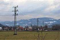 Dvě samostatné linky vedené napříč Horním Vsackem zajistí zimu bez výpadků proudu.
