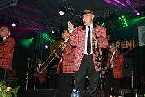 Na Valašském záření v sobotu 7. září vystoupil Rock&roll band Marcela Woodmana. Své největší hity zazpíval také Jaroslav Uhlíř.