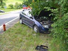 Dopravní nehoda ve Velkých Karlovicích.