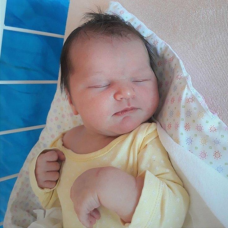 Sofie Vlachová, Dřevohostice, narozena 2. září 2021 ve Valašském Meziříčí, míra 52 cm, váha 4320 g