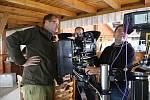 Natáčení televizního seriálu Doktor Martin na horské chatě Kohútka.