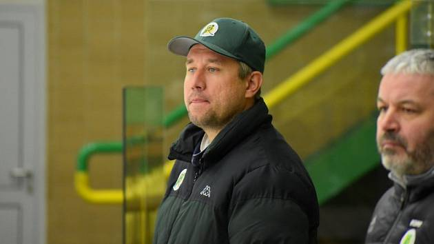 trenér hokejových juniorů Vsetína Petr Fojtů.
