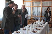 Hodový jarmark v Ratiboři zpestřila soutěž o nejlepší klobásu.