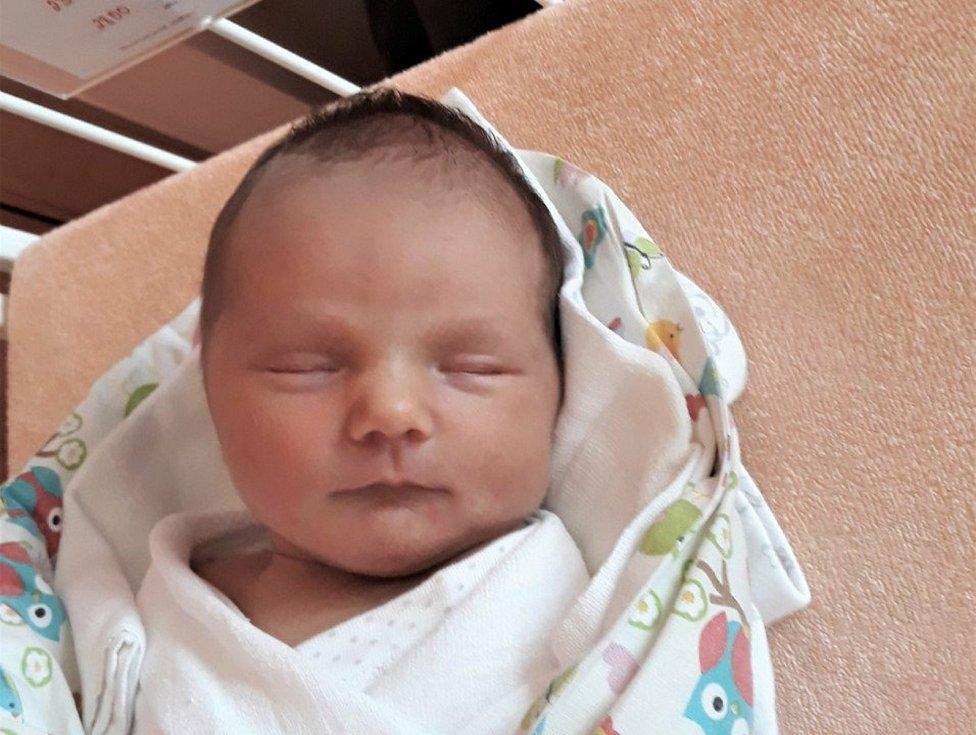 Stela Šumšalová, Valašské Meziříčí, narozena 23. července 2021 ve Valašském Meziříčí, míra 47 cm, váha 2850 g