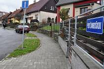Ulici Pod Žamboškou ve Vsetíně čeká v následujících týdnech revitalizace.