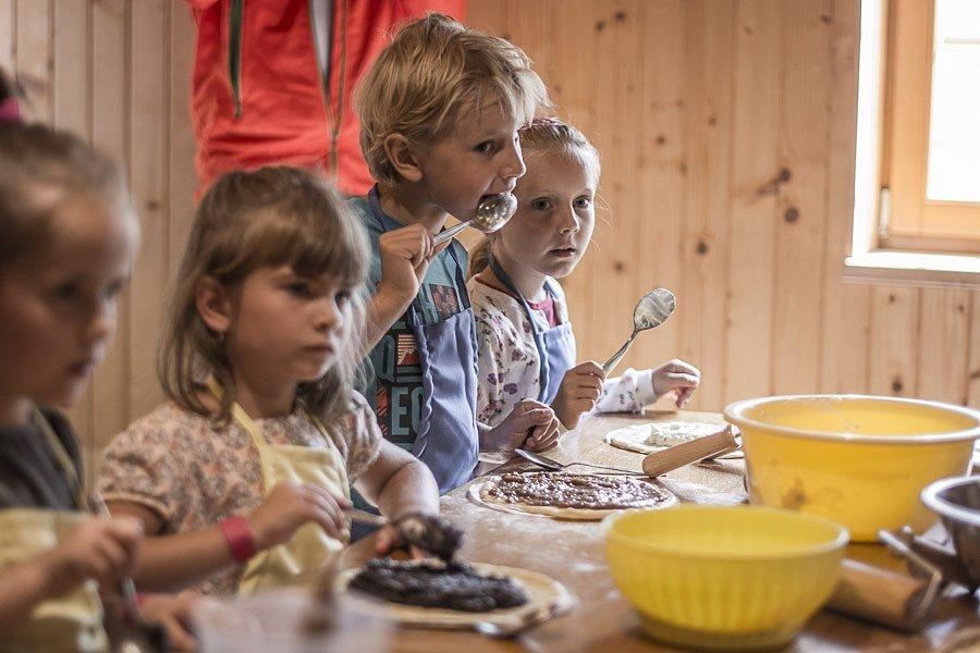 Frgálová manufaktura přilákala děti.