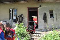 V zakouřeném domku v obci Branky bylo nalezeno tělo muže.