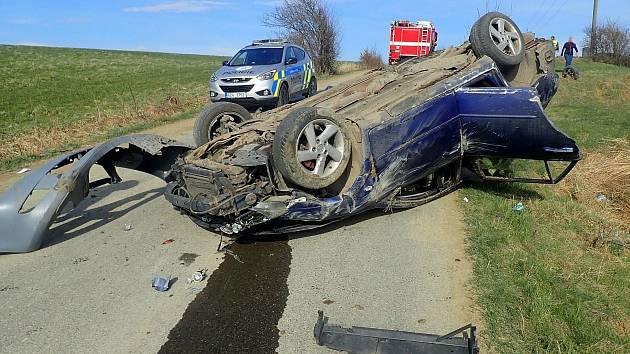 Nehoda mezi obcemi Študlov a Střelná, 10. dubna 2021