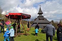 Tradiční velikonoční program v Informačním centru Zvonice na Soláni navštívily v neděli 16. dubna 2017 desítky lidí