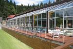 Letní terasa a bazén