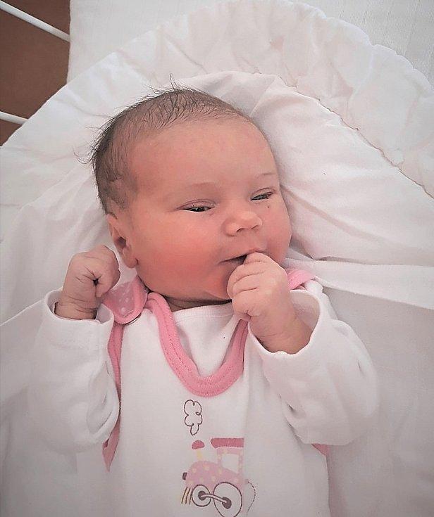 Natálie Hasalíková, Straník, narozena 16. února 2021 ve Valašském Meziříčí, míra 48 cm, váha 2960 g