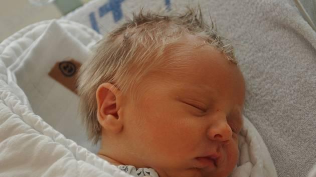 Jakub Holubec, narozený ve Vsetíně 14. 4.2013, 2900 g, 49 cm, je z Huslenek.