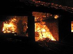 Požár pily v Mikulůvce