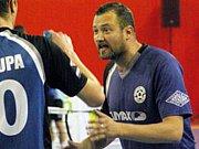 Slovenský trenér Patrik Perun dovedl nohejbalisty Vsetína k historickému titulu mistrů České republiky.