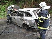 Požár auta v blízkosti obce Hutisko-Solanec
