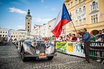 Velké Karlovice budou koncem června pořadatelem jednoho ze tří podniků nově vzniklého seriálu setinových rallye klasických vozidel Classic Challenge. Pohár ve stále populárnější motoristické disciplíně odstartuje první červnovou sobotu vJindřichově Hradc