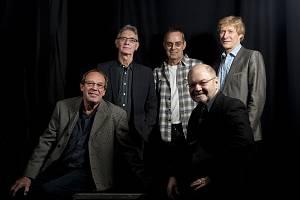 The Blues Band and Paul Jones (UK)
