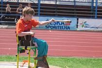 Úspěšně vykročila do nové atletické sezony hendikepovaná Adéla Sekyrová z Krhové.