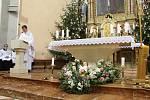 Na mši svatou do kostela svaté Kateřiny v Lidečku přišly na Boží hod vánoční desítky věřících.
