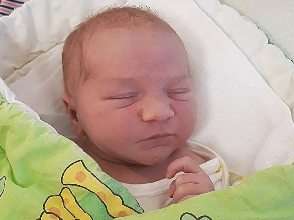 Jáchym Šembera, Horní Bečva, narozen 5. dubna 2021 ve Valašském Meziříčí, míra 51 cm, váha 3610 g