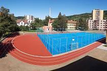 U Základní školy Trávníky ve Vsetíně vyrostl nový moderní sportovní areál za více než 12 milionů korun.