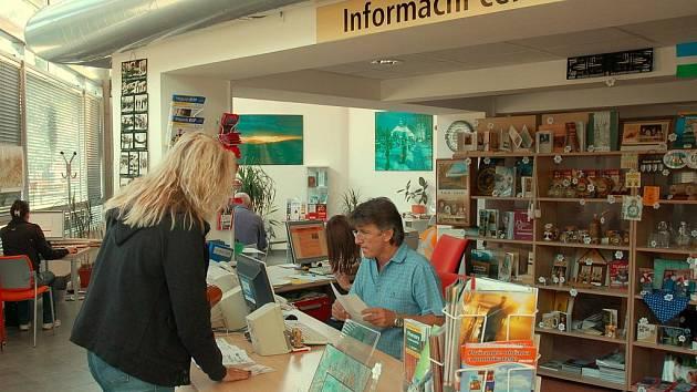 Turistická centra na Valašsku nemají nouzi o návštěvníky.