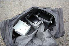 Ukradené navigace, které policisté ve čtvrtek 23. února 2017 našli u dvojice cizinců.
