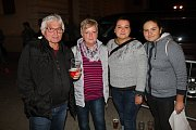 I závěr letošního Valašského záření se vydařil. Ve večerním bloku se představila Pomáda Show, Petr Kolář a Kosovci.