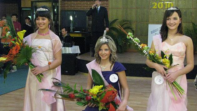 Soutěž Dívka roku 2010 v Rožnově pod Radhoštěm