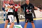 Házenkáři Česka (bílé dresy) ve svém prvním utkání na turnaji O pohár České televize porazili Slovinsko 33:32.