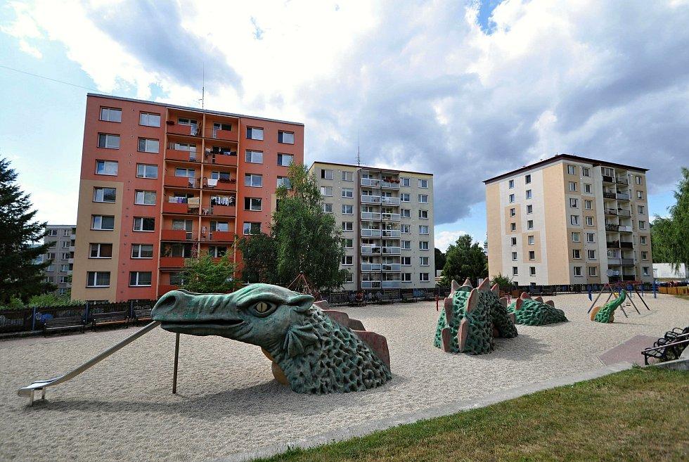 Vsetín - dětské hřiště v sídlišti Sychrov.