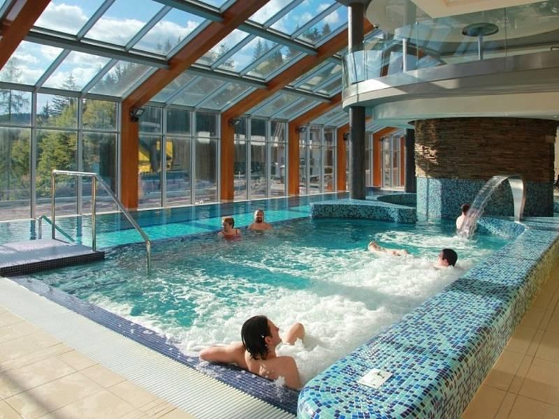 Termální bazény Wellness Horal