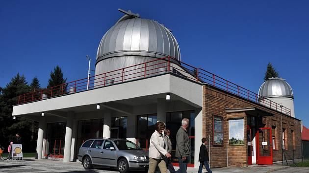 Hvězdárna ve Valašském Meziříčí byla v sobotu 6. října 2012 otevřená veřejnosti. Konal se zde den otevřených dveří