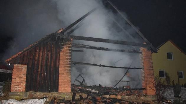 Požár stodoly v Horní Bečvě.