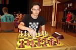 Osmnáctiletý šachista Matyáš Kovařík ze Vsetína se věnuje šachům od svých šesti let. Patří mezi jeho nejoblíbenější koníčky.