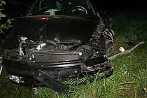 Vlivem mikrospánku havaroval v noci na středu 30. července v Rožnově pod Radhoštěm devětatřicetiletý řidič vozu Škoda Octavia z Nenkovic na Kyjovsku