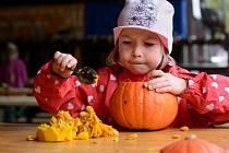 Velké Karlovice lákají na Běhej Valachy a Podzimní kouzlení pro děti.