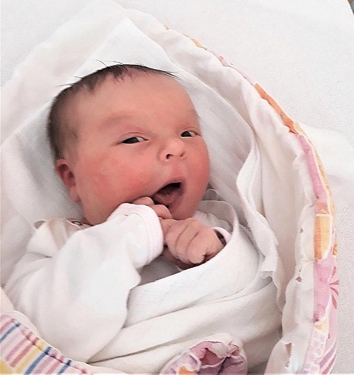 Eliška Jiříčková, Valašské Meziříčí, narozena 14. února 2021 ve Valašském Meziříčí, míra 51 cm, váha 3650 g