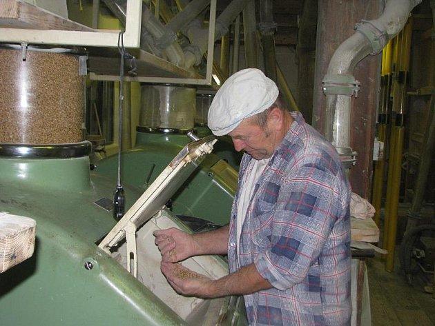 Češkův mlýn v Jarcové