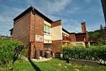 Mateřské centrum Ozničánek sídlí v části budovy bývalé oznické mateřské školy.