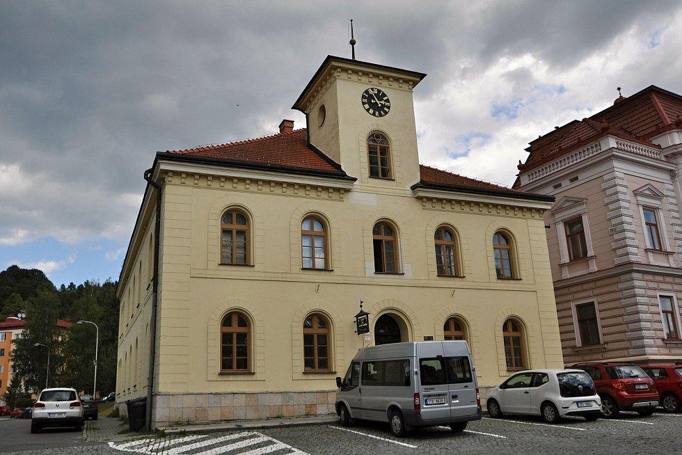 Vsetín - Památník obětem valašských povstání z let 1640-1644 jehož autorem je Zdeněk Němeček.